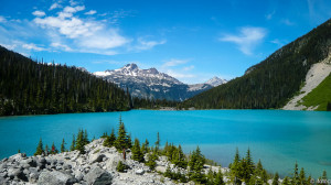 whistler hiking to joffre lakes